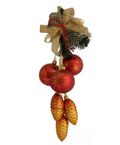 hanging Christmas garland