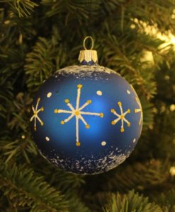 wizard_blue_christmas_ball_on_christmas_tree2